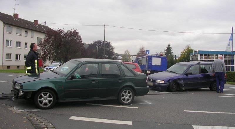 Verunfallte Fahrzeuge