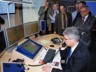 Innenminister testet die digitale Funkverbindung