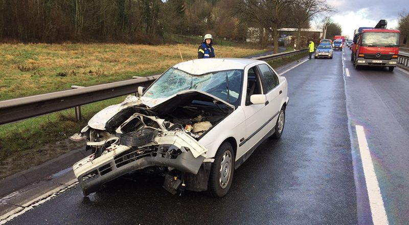 19.01.2018 - Verkehrsunfall B9