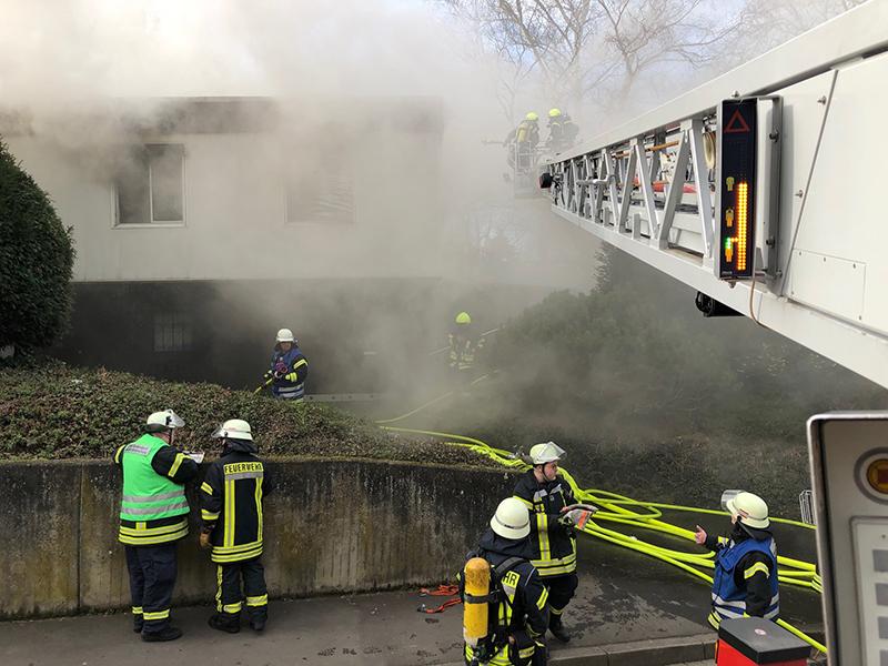 04.03.2020 - Gebäudebrand Koisdorfer Str. - FF Remagen