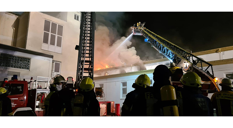 21.09.2020 - Gebäudebrand Bad Neuenahr - Historisches Thermalbadehaus