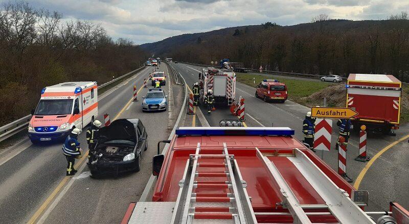 26.03.2021 - Verkehrsunfall B9